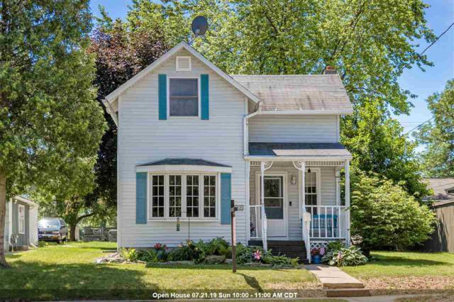 215 W 9TH Street, Kaukauna, WI 54130 (#50206734) :: Todd Wiese Homeselling System, Inc.