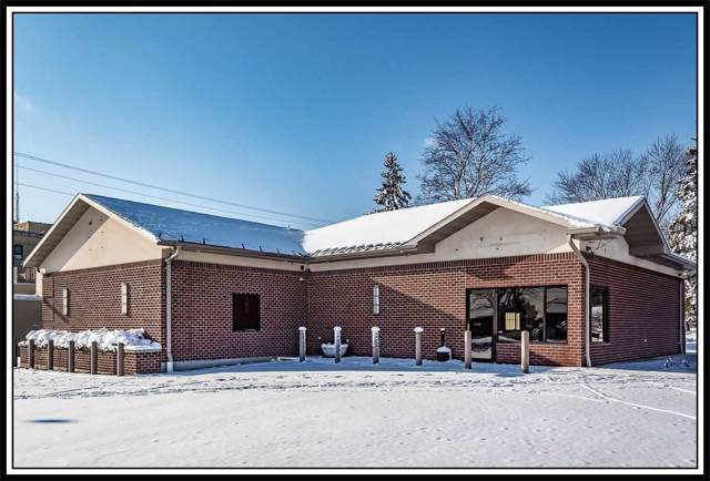 1301 S Mill Street, New London, WI 54961 (#50206746) :: Dallaire Realty