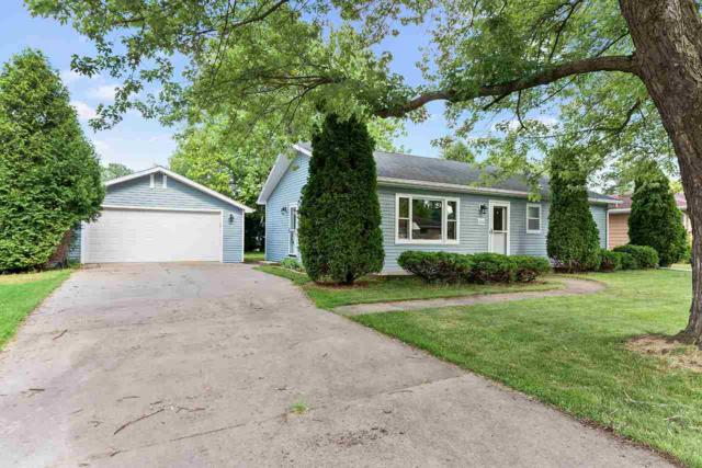1060 Melrose Street, Neenah, WI 54956 (#50207118) :: Dallaire Realty
