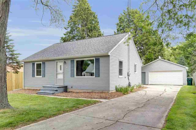 822 Ardennes Street, Green Bay, WI 54303 (#50207228) :: Todd Wiese Homeselling System, Inc.