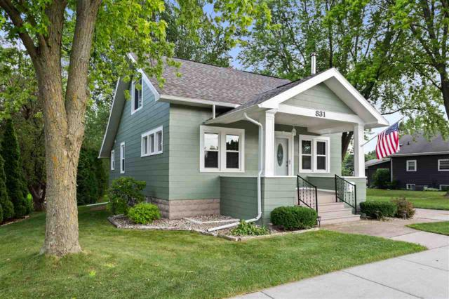 831 E Main Street, Little Chute, WI 54140 (#50207367) :: Symes Realty, LLC