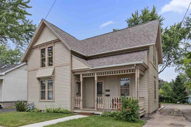 501 W Waupaca Street, New London, WI 54961 (#50207430) :: Dallaire Realty