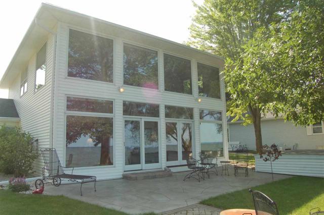 621 Arrowhead Beach Road, Luxemburg, WI 54217 (#50207515) :: Symes Realty, LLC