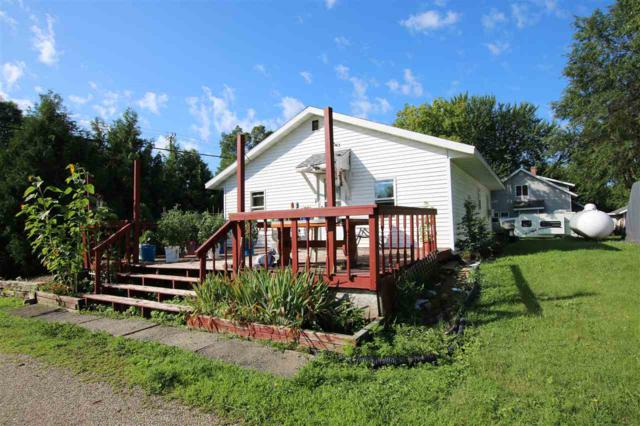 3143 Hwy E, Omro, WI 54963 (#50208315) :: Dallaire Realty