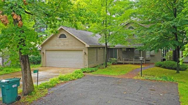 E1150 Camp Road, Waupaca, WI 54981 (#50210361) :: Todd Wiese Homeselling System, Inc.