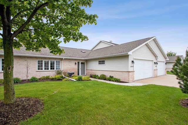 1517 River Pines Drive, Green Bay, WI 54311 (#50210596) :: Symes Realty, LLC