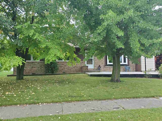 4938 Brookfield Circle, Manitowoc, WI 54220 (#50210668) :: Dallaire Realty