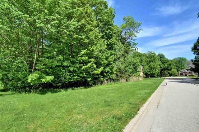 2884 Shelter Creek Court, Green Bay, WI 54313 (#50210710) :: Symes Realty, LLC