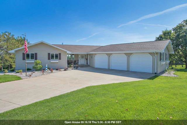 W8053 Hillcrest Court, Hortonville, WI 54944 (#50210950) :: Dallaire Realty