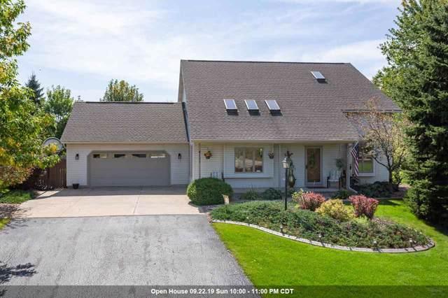 4111 Meadow View Lane, Oshkosh, WI 54904 (#50211103) :: Symes Realty, LLC