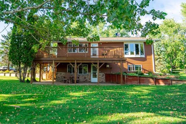 N3122 36TH Drive, Berlin, WI 54923 (#50211210) :: Dallaire Realty