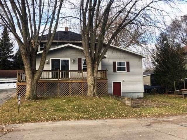 113 N Forest Avenue, Gillett, WI 54124 (#50211269) :: Dallaire Realty