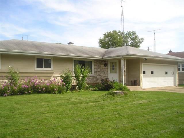 1014 Oak Street, Oshkosh, WI 54901 (#50211314) :: Symes Realty, LLC