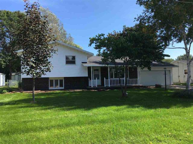 1841 Keehan Lane, Green Bay, WI 54311 (#50211884) :: Todd Wiese Homeselling System, Inc.
