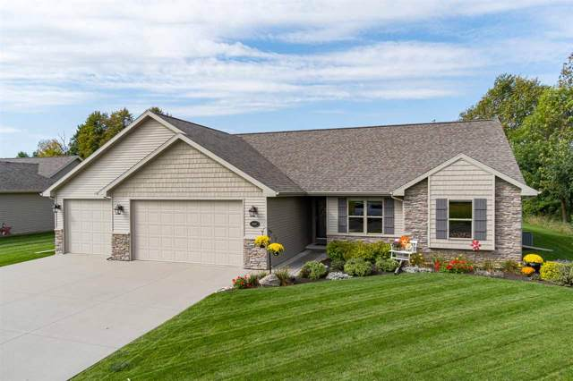 N1097 Summer Breeze Lane, Greenville, WI 54942 (#50212027) :: Symes Realty, LLC