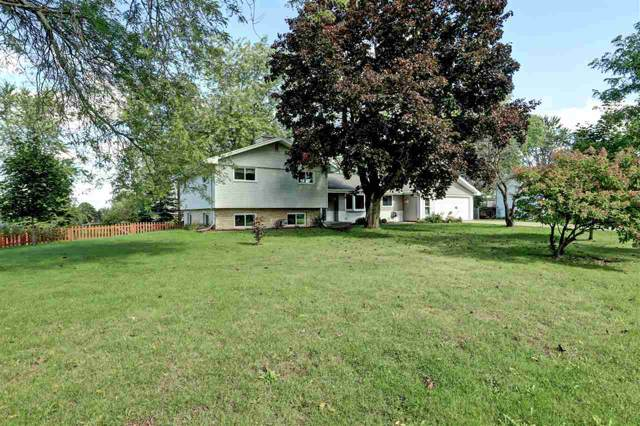 N1579 Skyline Drive, Greenville, WI 54942 (#50212212) :: Dallaire Realty