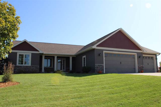 N6055 S South Port Boulevard, Fond Du Lac, WI 54937 (#50212217) :: Todd Wiese Homeselling System, Inc.