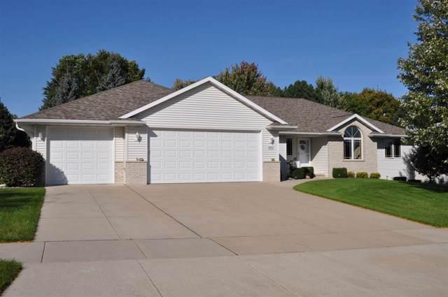 3180 Devroy Lane, Green Bay, WI 54313 (#50212434) :: Todd Wiese Homeselling System, Inc.