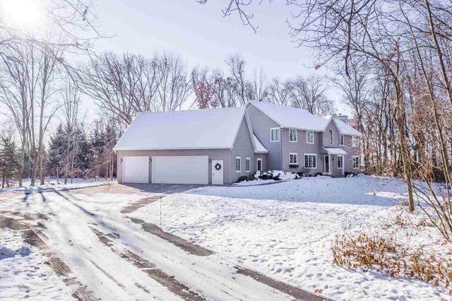 N3819 Woodfield Lane, New London, WI 54961 (#50212607) :: Todd Wiese Homeselling System, Inc.