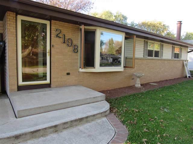 2198 Marlee Lane, Green Bay, WI 54304 (#50213020) :: Todd Wiese Homeselling System, Inc.