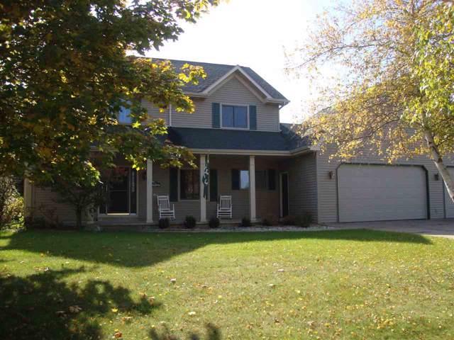 4081 Meadowview Lane, Oshkosh, WI 54904 (#50213181) :: Symes Realty, LLC