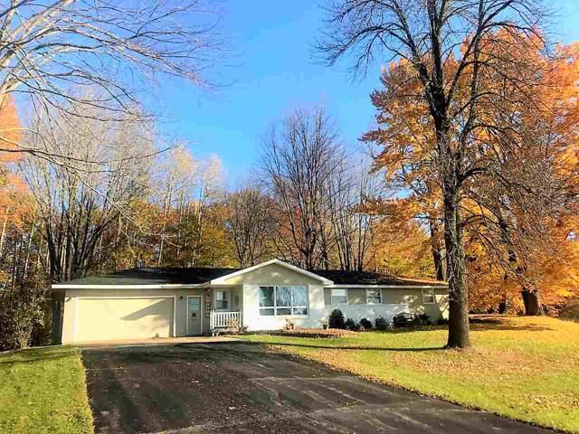 7138 Hwy S, Sobieski, WI 54171 (#50213313) :: Todd Wiese Homeselling System, Inc.
