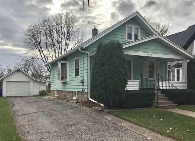 1007 W Elsie Street, Appleton, WI 54914 (#50213471) :: Todd Wiese Homeselling System, Inc.