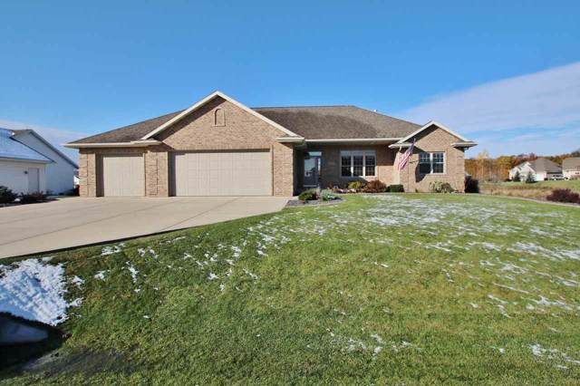 3672 Euro Lane, De Pere, WI 54115 (#50213479) :: Todd Wiese Homeselling System, Inc.