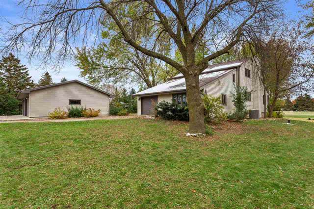 W5321 Quarry Road, Appleton, WI 54913 (#50213570) :: Symes Realty, LLC