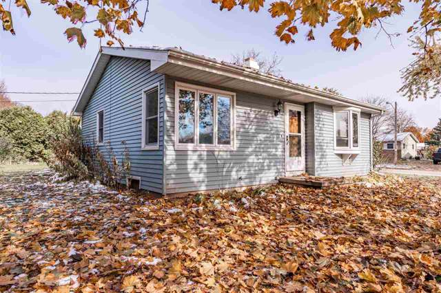 1025 Oxford Court, Neenah, WI 54956 (#50213622) :: Dallaire Realty