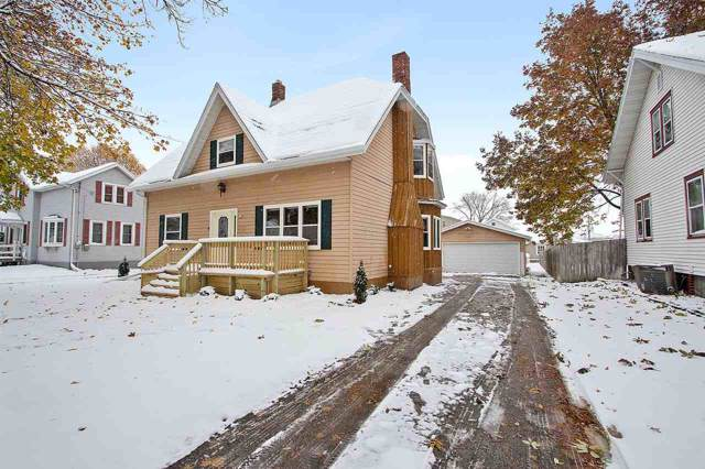 118 Washington Street, Brillion, WI 54110 (#50213623) :: Dallaire Realty