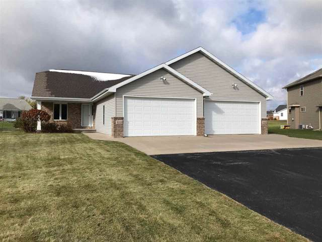 N1123 Craftsmen Court, Greenville, WI 54942 (#50213637) :: Todd Wiese Homeselling System, Inc.
