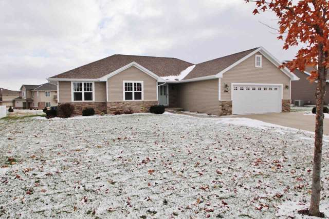 1348 Navigator Way, De Pere, WI 54115 (#50214018) :: Todd Wiese Homeselling System, Inc.