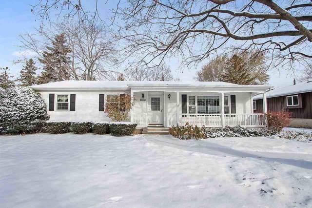 810 Viola Avenue, Oshkosh, WI 54901 (#50214111) :: Todd Wiese Homeselling System, Inc.