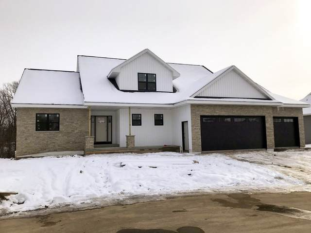 2264 Mahogany Trail, De Pere, WI 54115 (#50215005) :: Todd Wiese Homeselling System, Inc.