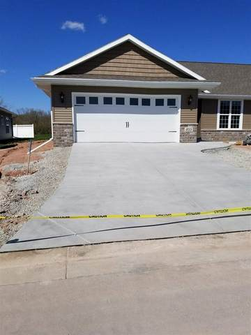 855 Mahogany Circle, De Pere, WI 54115 (#50215333) :: Todd Wiese Homeselling System, Inc.