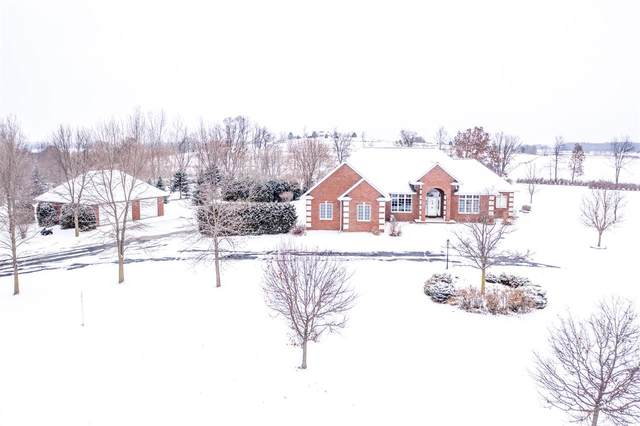 W10246 Gilwin Lane, Hortonville, WI 54944 (#50215418) :: Todd Wiese Homeselling System, Inc.