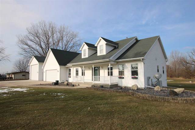 3362 W Shady Lane, Neenah, WI 54956 (#50216081) :: Todd Wiese Homeselling System, Inc.
