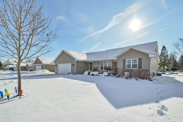 1895 Jacobsen Road, Neenah, WI 54956 (#50216296) :: Todd Wiese Homeselling System, Inc.
