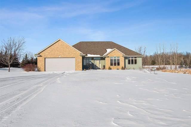 1515 Ridge Oaks Drive, De Pere, WI 54115 (#50216534) :: Todd Wiese Homeselling System, Inc.