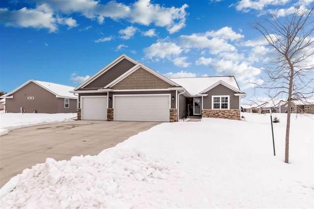 4760 N Thistle Lane, Appleton, WI 54913 (#50216753) :: Todd Wiese Homeselling System, Inc.