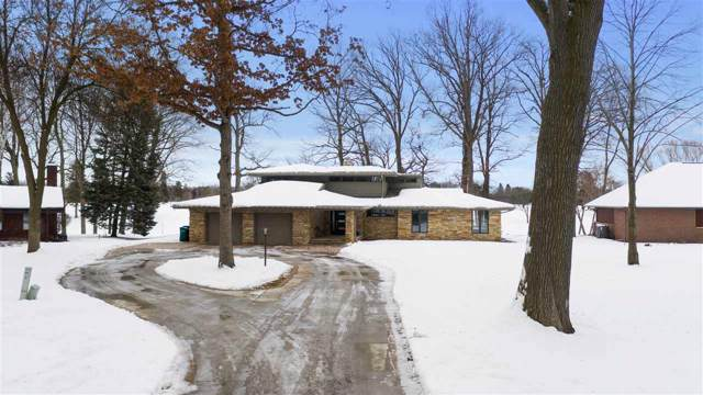 9 Golf Terrace Court, Appleton, WI 54914 (#50216777) :: Dallaire Realty