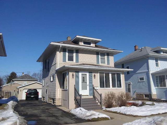 135 15TH Street, Fond Du Lac, WI 54935 (#50216856) :: Todd Wiese Homeselling System, Inc.