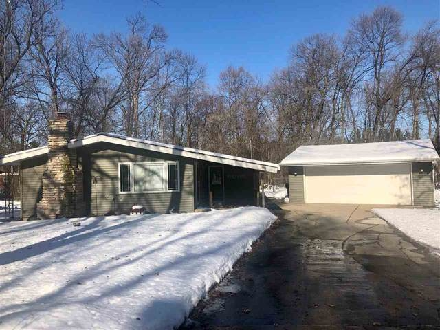 5950 Hiawatha Drive, Winneconne, WI 54986 (#50216868) :: Todd Wiese Homeselling System, Inc.