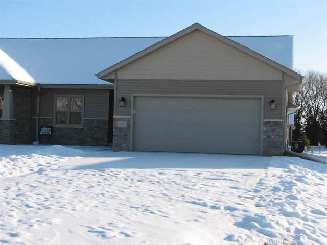 N222 Eastowne Lane, Appleton, WI 54915 (#50216877) :: Todd Wiese Homeselling System, Inc.