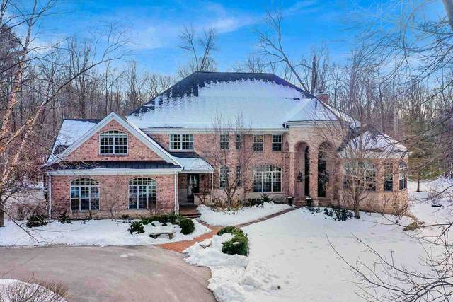 4532 Algonquin Trail, Green Bay, WI 54313 (#50217112) :: Symes Realty, LLC