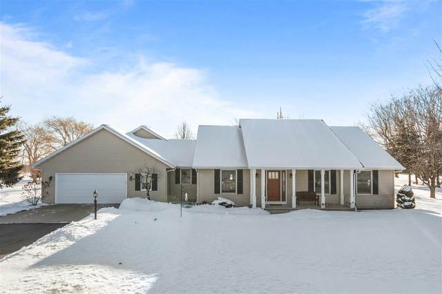 N1768 Terrace Drive, Greenville, WI 54942 (#50217317) :: Todd Wiese Homeselling System, Inc.