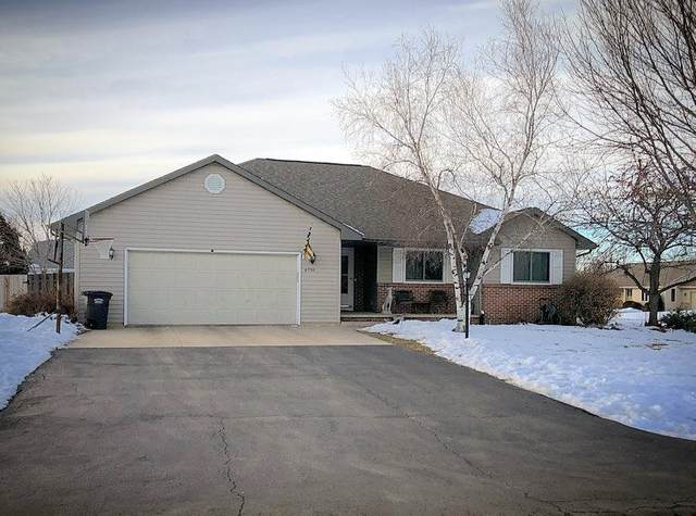 W6730 Fairlane Drive, Greenville, WI 54942 (#50217566) :: Symes Realty, LLC