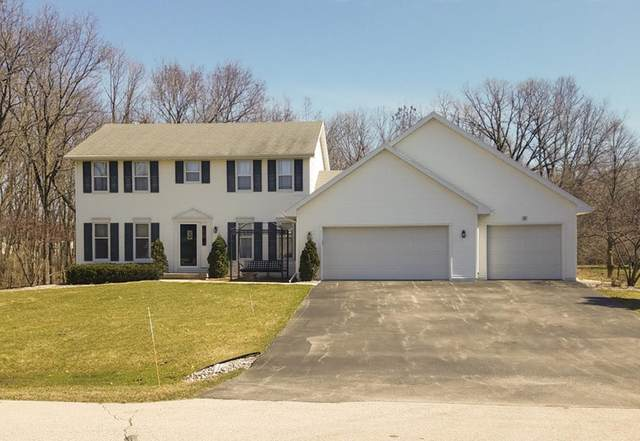 2607 Sunrise River Court, De Pere, WI 54115 (#50217634) :: Todd Wiese Homeselling System, Inc.