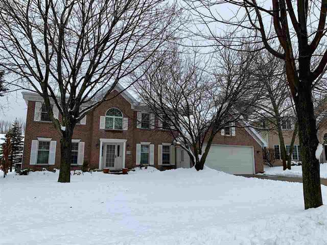 319 E Timberline Drive, Appleton, WI 54913 (#50217702) :: Todd Wiese Homeselling System, Inc.